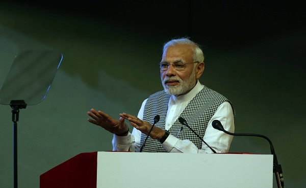 What is Pakistan''s chemistry with Congress, Modi asks